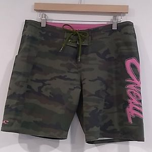 O'Neill• camo with pink graphics board shorts